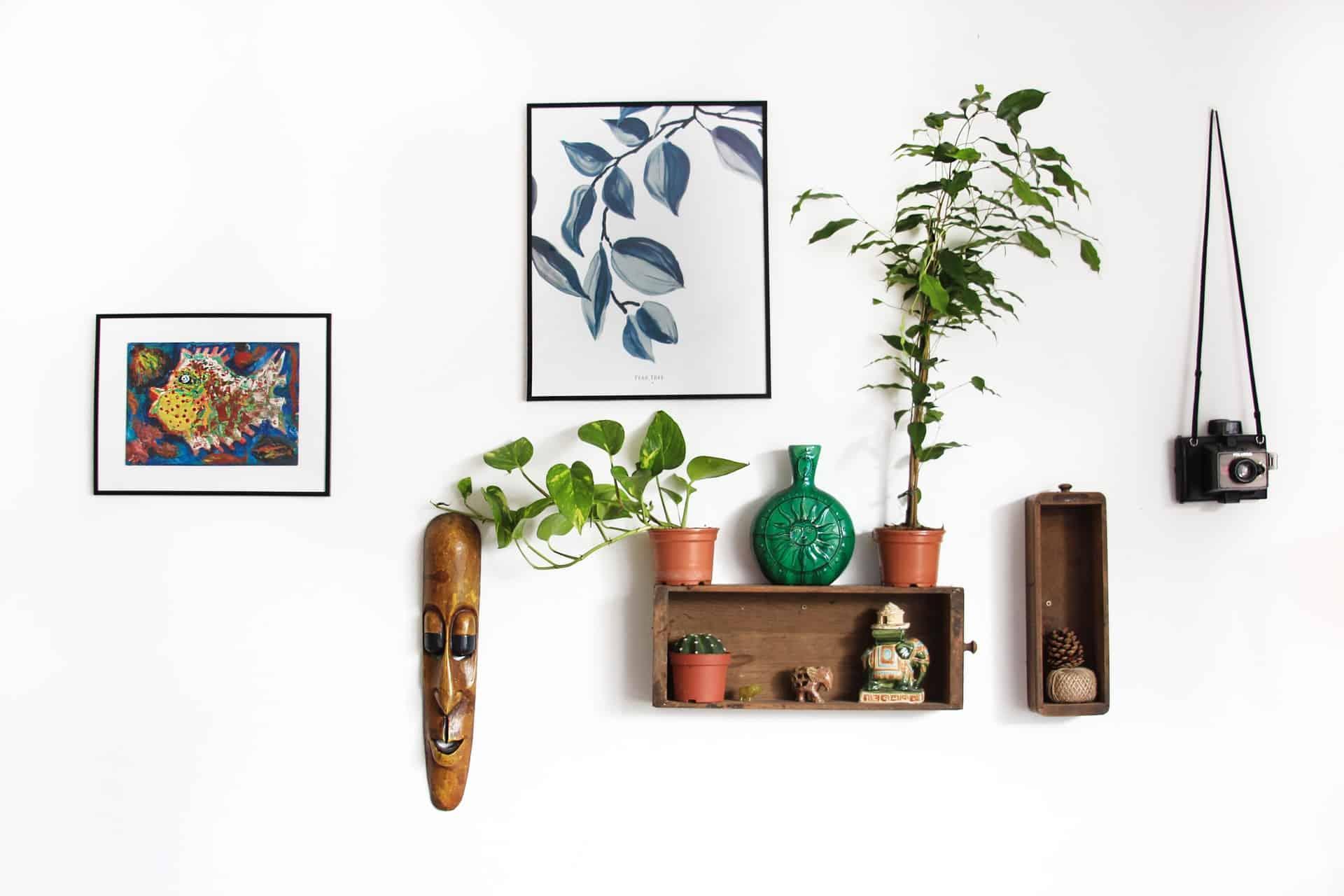 digital photo frame wall