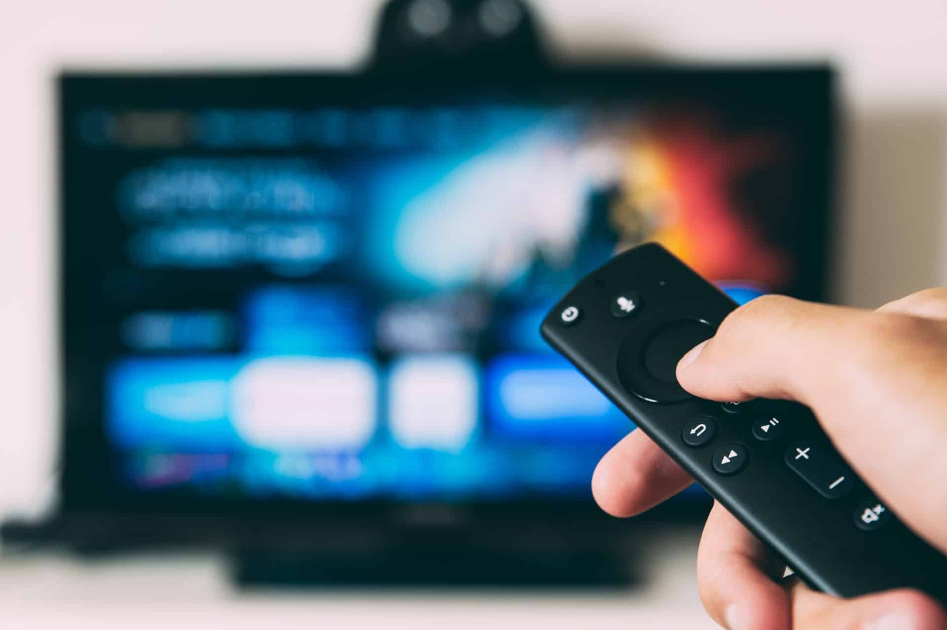 how to remote control a digital photo frame